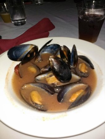 Metro Fuxon: Spicy Mussels (Appetizer)