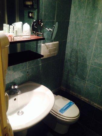 Secondo bagno - Foto di Grand Hotel Admiral Palace, Chianciano ...