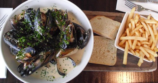 Sevens Boatshed: A good serving but overloaded with cream