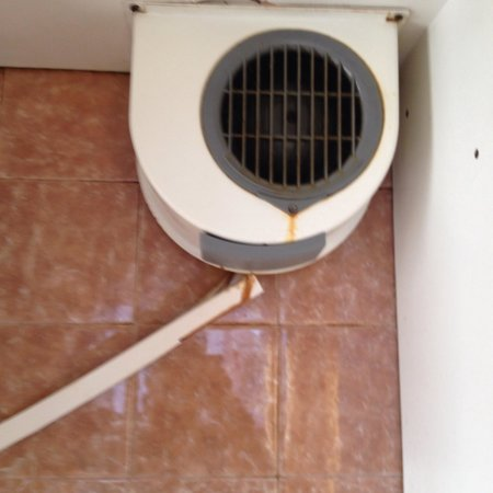 El Trebol: Extractor over cooker