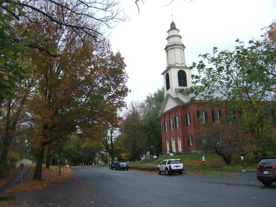 Deerfield Church - Picture of Historic Deerfield ...