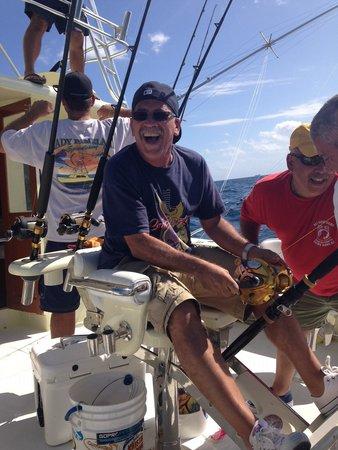 Lady Pamela II Sportfishing : Cranking the reel on that 8' beast