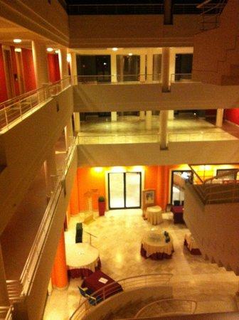 Caesar's Hotel: struttura interna