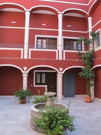 Palacio de Luja: Le patio