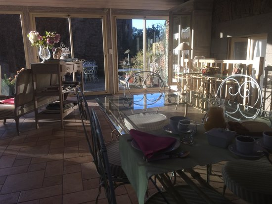 Maison de la Vallee: Salle petit dejeuner