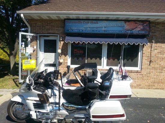 Stevensville Crab Shack: Front