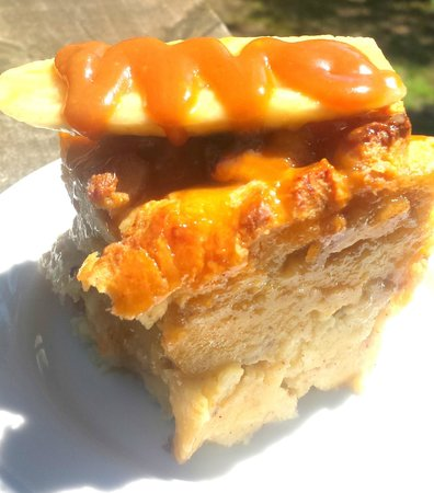 Pemberton Coffeehouse: Decadent Banana Caramel Bread Pudding