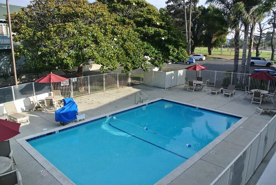 Motel 6 Morro Bay: L'exterieur