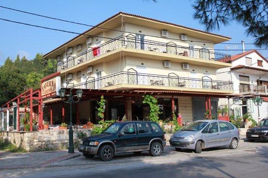 Adonis : Отель-ресторан