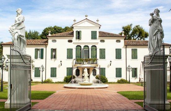 Park Hotel Villa Fiorita: Villa