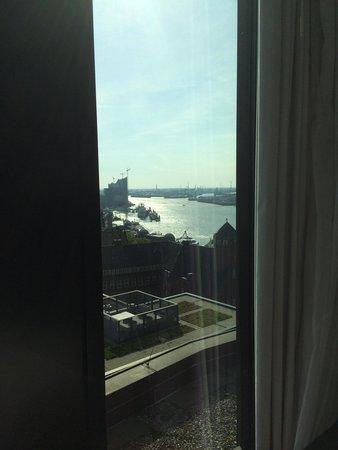 Empire Riverside Hotel: Blick auf den Hafen