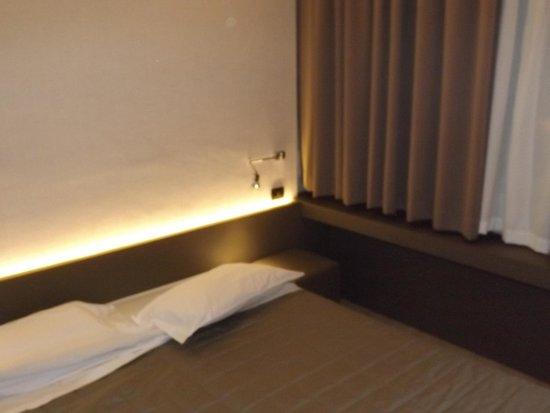 The Gate Hotel: quarto