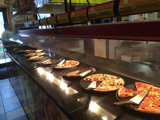 full lineup of pizzas picture of hungry howie s pizza ellenton rh tripadvisor com