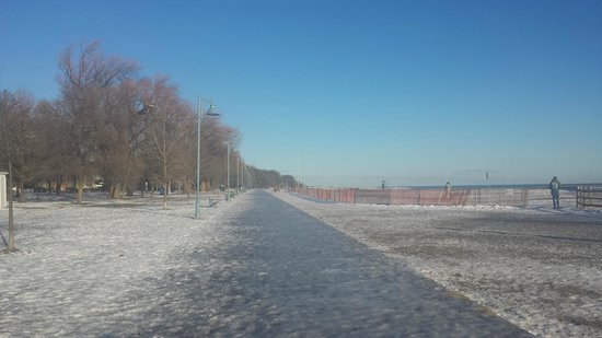 The Beach Village: Inverno