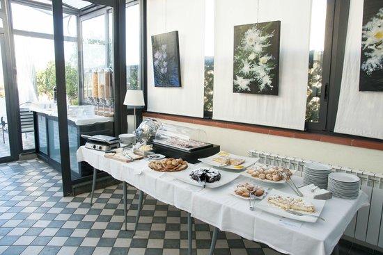 Ambasciatori Hotel: Buffet desayunos