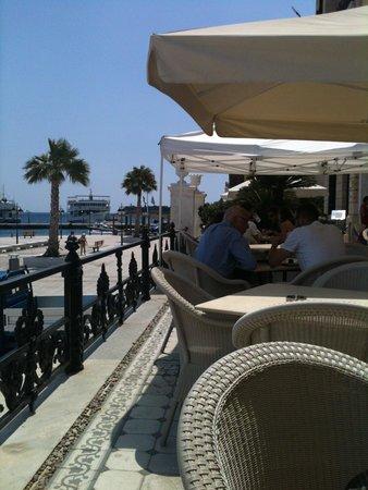 Poseidonion Grand Hotel : Η βεράντα
