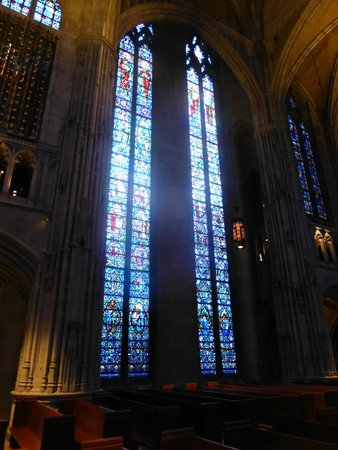 Heinz Memorial Chapel : stained glass windows