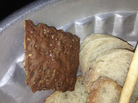 cucina cereda pane bianco o nero ai cereali crostini salati grissini bianchi e
