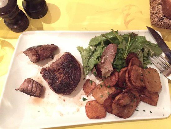 Huguette - Café cantine du Bon Vivre: Got meat
