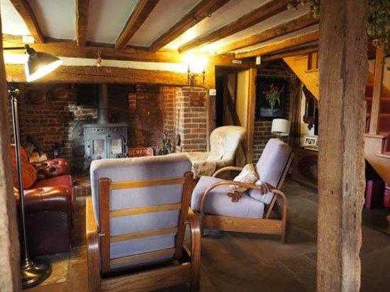 Eggpie B&B at Pond Cottage : living room
