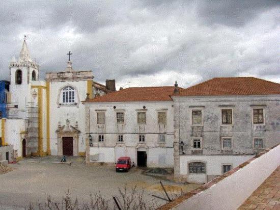 Conjunto do antigo Convento da Ordem de Avis