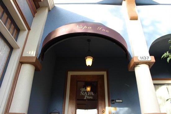 The Napa Inn: Entry