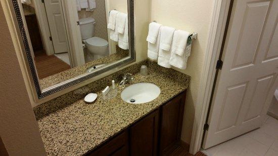 Residence Inn Cranbury South Brunswick: Bathroom #2