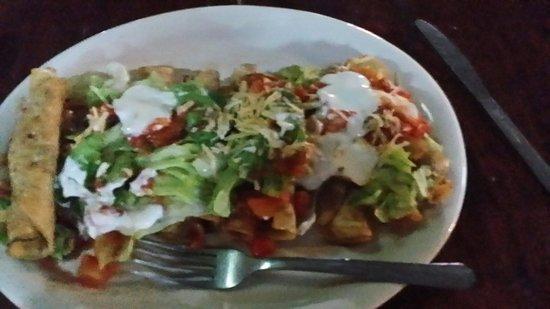 Hode's Place Bar & Grill : Vegetables corn tacos