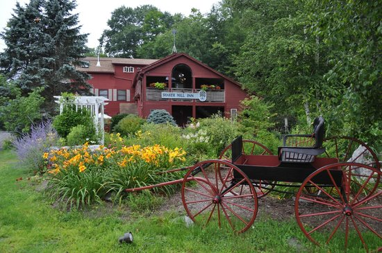 Shaker Mill Inn : Inn and gardens