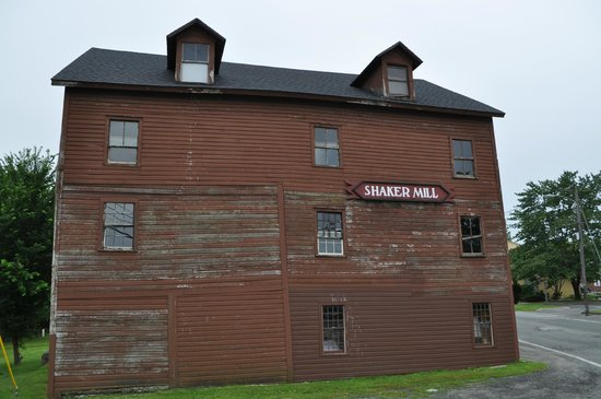 Shaker Mill Inn: The inn's namesake