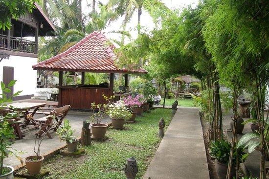 Villa Lao: de tuin