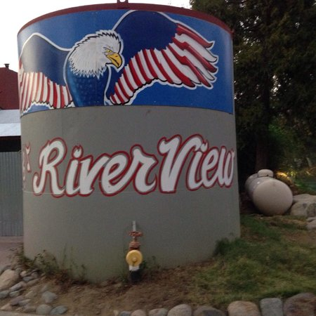 River View Restaurant & Lounge: We LIKE RiverView ����