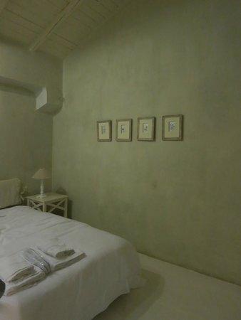 Κατοικίες Μάνης: main bedroom