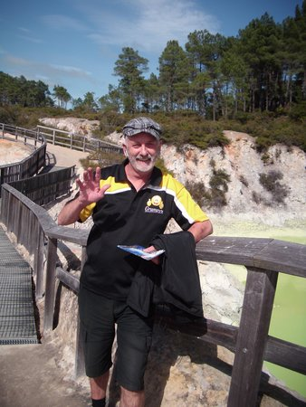 Grumpy's Transfers & Tours: Mr. Henry our tour guide