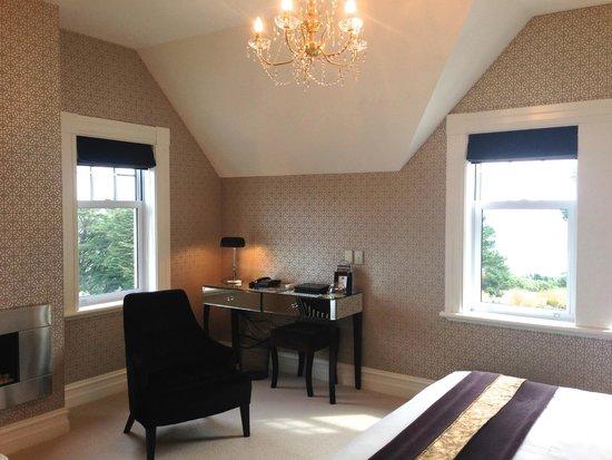 Camp Estate at Larnach Castle: Room