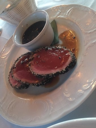 Hacienda San Angel: Tuna appetizer encrusted in sesame seeds and peppered to perfection