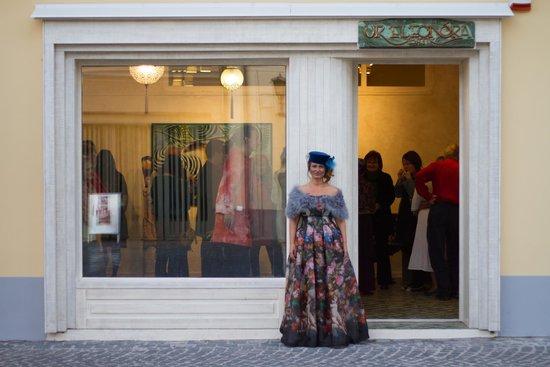 Ur Eleonora Batik Art Gallery