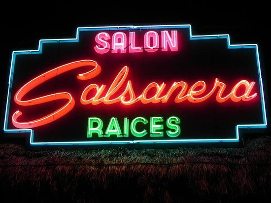 ‪Salon Salsanera Raices‬