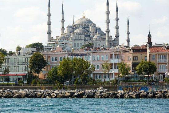 BEST WESTERN Citadel Hotel: Denizden Görünüş