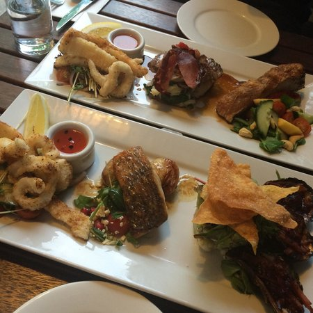 Sandpipers Restaurant: Sandpiper Tasting Plater & Seafood Tasting Platter! Great for those moments when you can't pick