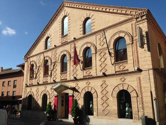 Hotel San Juan de los Reyes: Исторический фасад SJR****