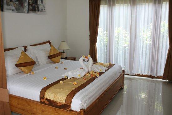 Sandi Agung Villa: Bedroom