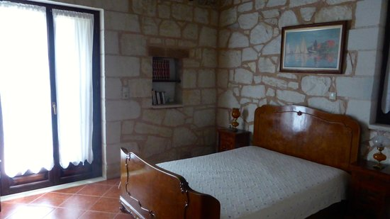 Maza, Grecia: One of the lovely bedrooms