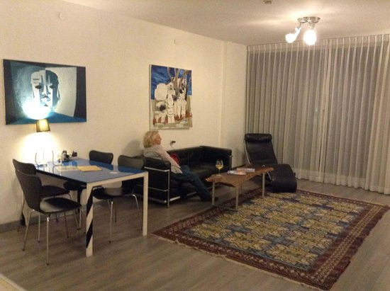 The Diaghilev, LIVE ART Suites Hotel : Living room 3, Note the art on the walls