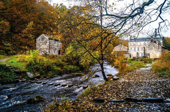 An autumnal Gibson's Mill, Hardcastle Crags (NT)