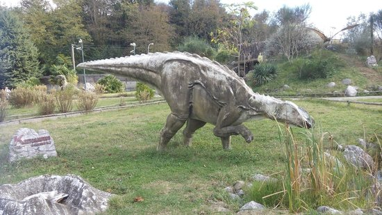 San Lorenzello, Italia: Dinosauri