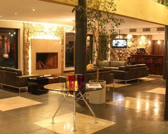 Regency Park Hotel + Spa: Lobby