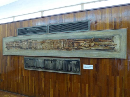 Musée de la barque solaire : Pian-terreno.. Raffigurazione del ritrovamento!