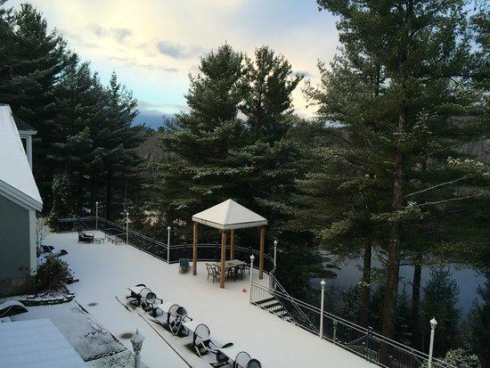 Auberge sur la Falaise: room 104 first fallen snow 7:30 am