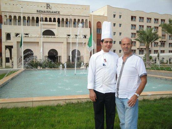 Renaissance Tlemcen Hotel : Avec le Cuisinier de l'hôtel.